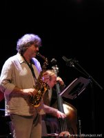 Tim Berne (as) & Drew Gress (cb) -  voir en grand cette image